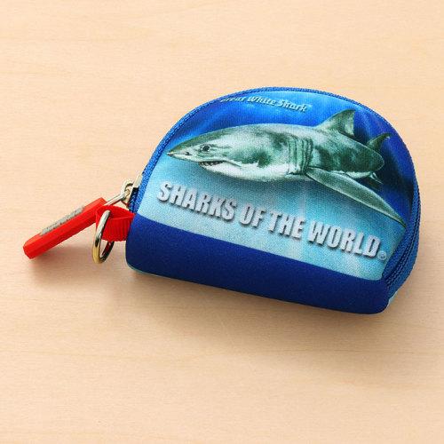 コインケース表側にはホホジロザメをプリント